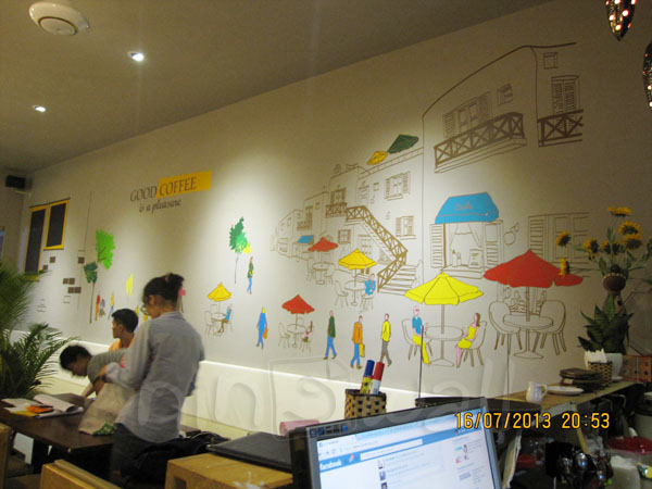 Cafe Nắng và những con phố sắc màu