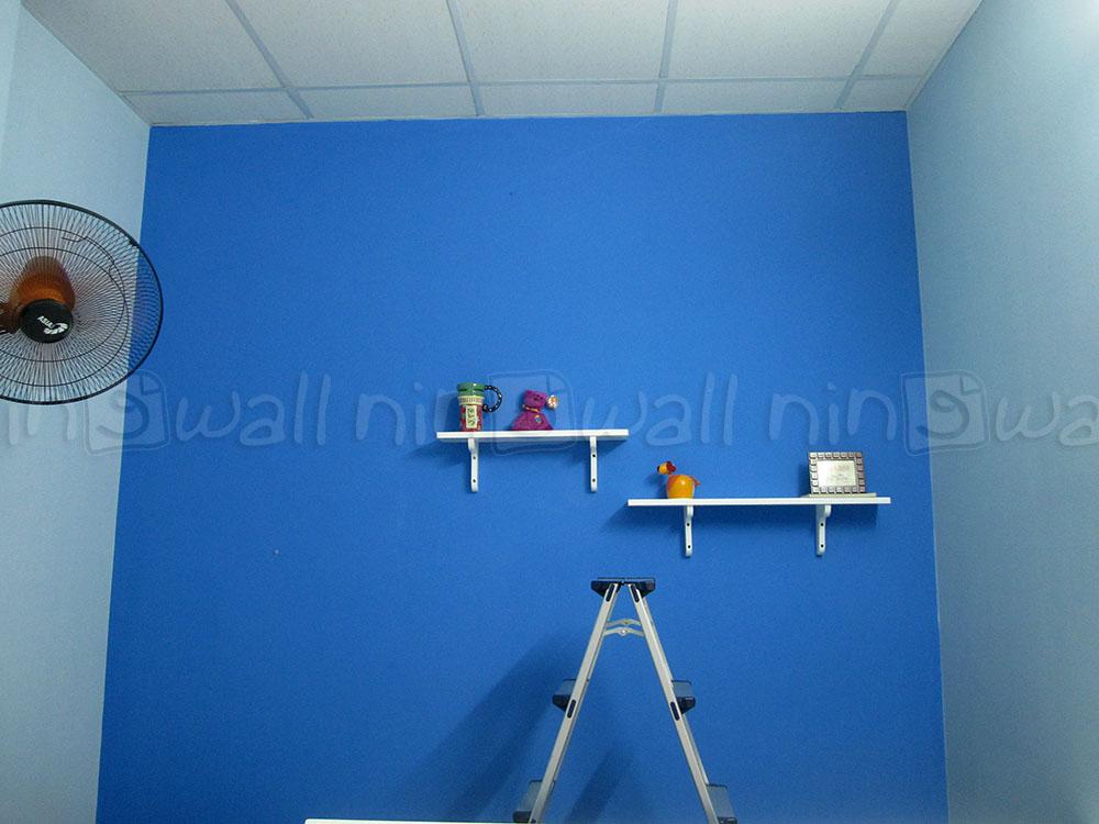 Phòng ngủ xinh xắn cùng decal NINEWall