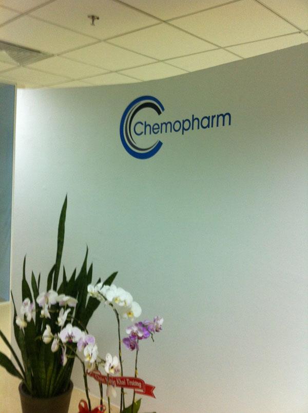 NINEWall với logo công ty Chemopharm