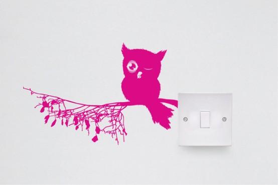 Sử dụng Decal để trang trí ổ cắm điện