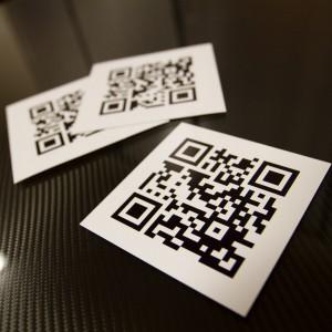 Sản phẩm mới: QR CODE DECALS và MAGNETIC SIGNS