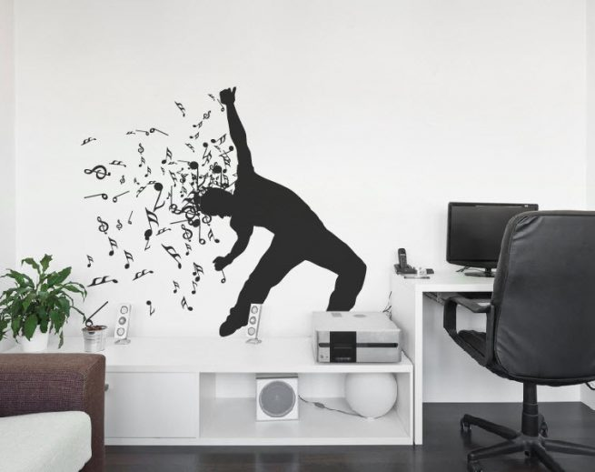 Decal âm nhạc ấn tượng – Những nét vẽ hữu thanh trên tường