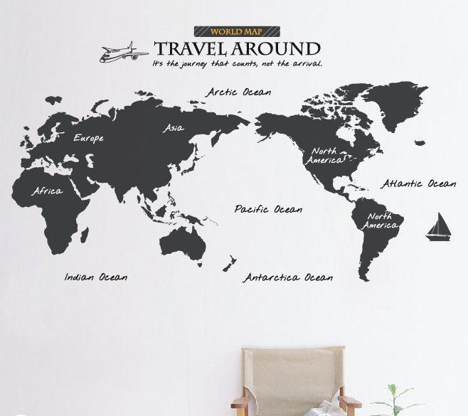 Cá tính với decal dán tường bản đồ du lịch