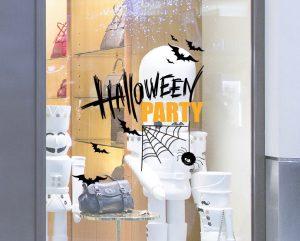 không gian đầy ma mị với các biểu tượng halloween